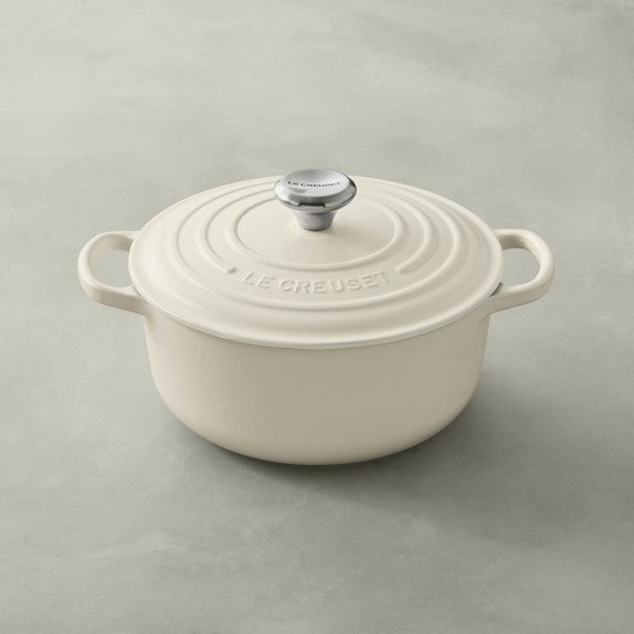 Le Creuset Signature Cast Iron Round Dutch Oven, 2 3:4-Qt.